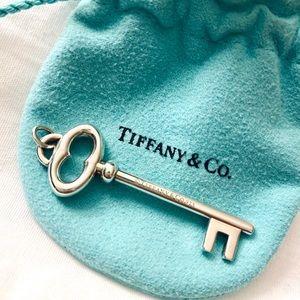 Tiffany&Co Key Pendant